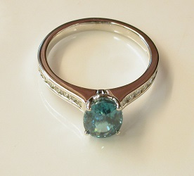69713 - Blue Zircon & Diamond Ring in 18ct White Gold
