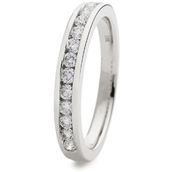 69874 - 18ct White Gold Diamond set Eternity ring