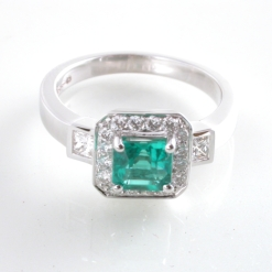 65891 - Exquisite Emerald & Diamond Ring in 18ct White Gold